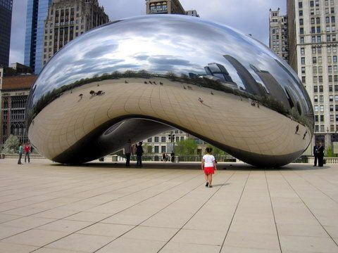 Jessie's daughter at The Bean in Chicago!