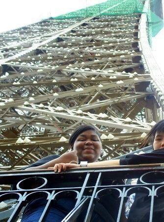 ShiSha on Paris's Eiffel Tower!