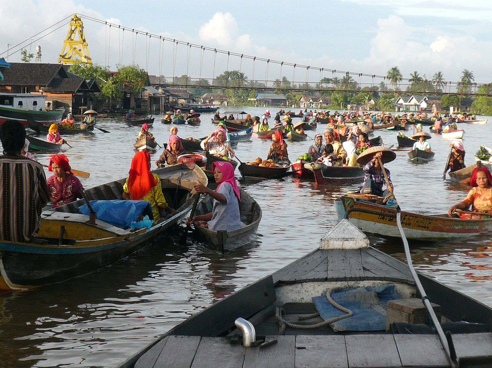 The amazing floating market at Kalimantan in Borneo.
