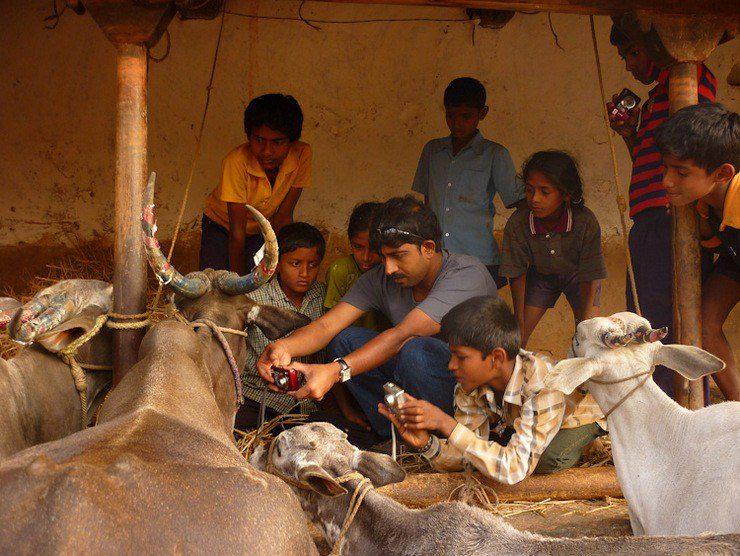 Bhaskar teaching photography in India.