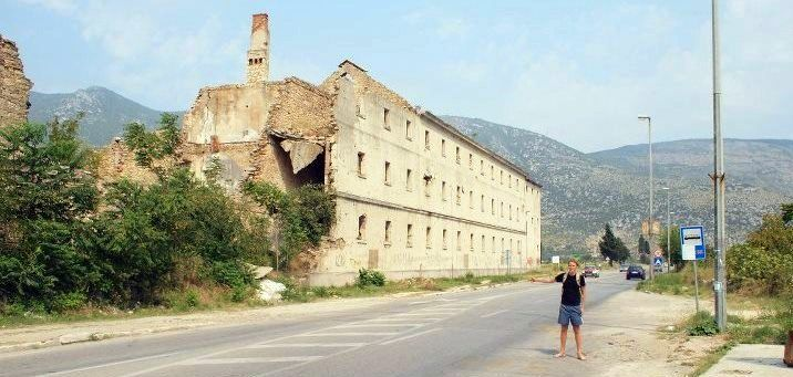 Kurt hitchhiking in Bosnia!