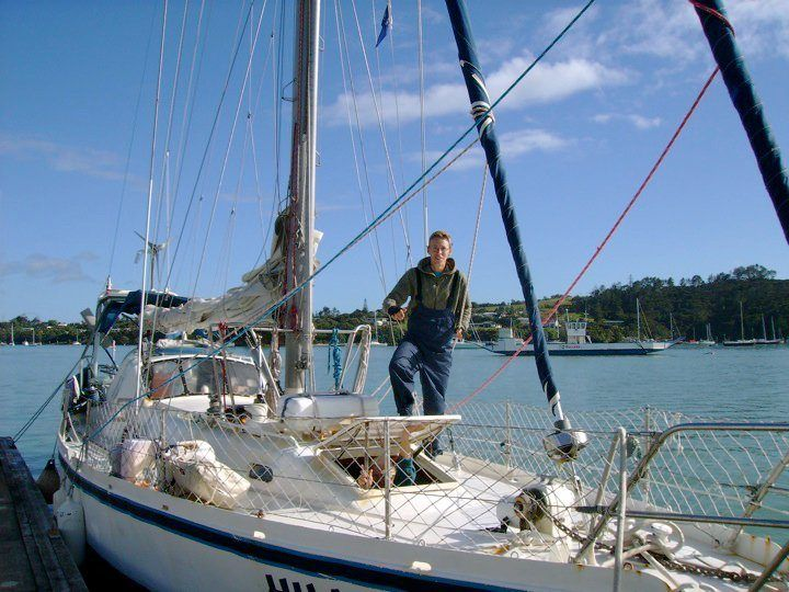 Kurt hitchhiking on a yacht as he just arrived in New Zealand.