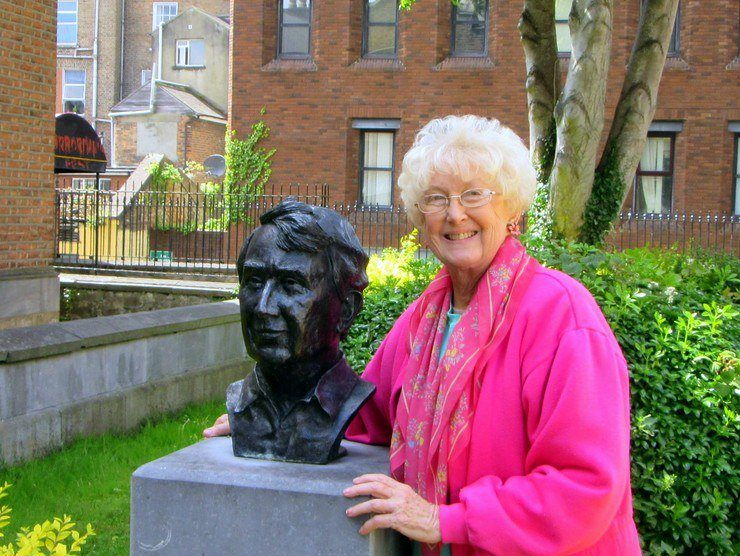 Marilyn by the bust of Frank McCourt, author of Angela's Ashes and Pulitzer prize winner.