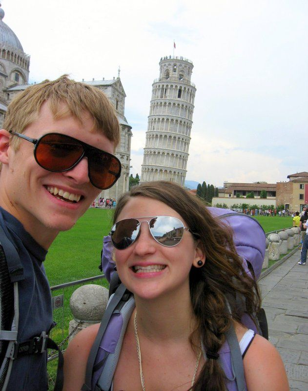 Backpacking in Europe: The Leaning Tower of Pisa in Italy!