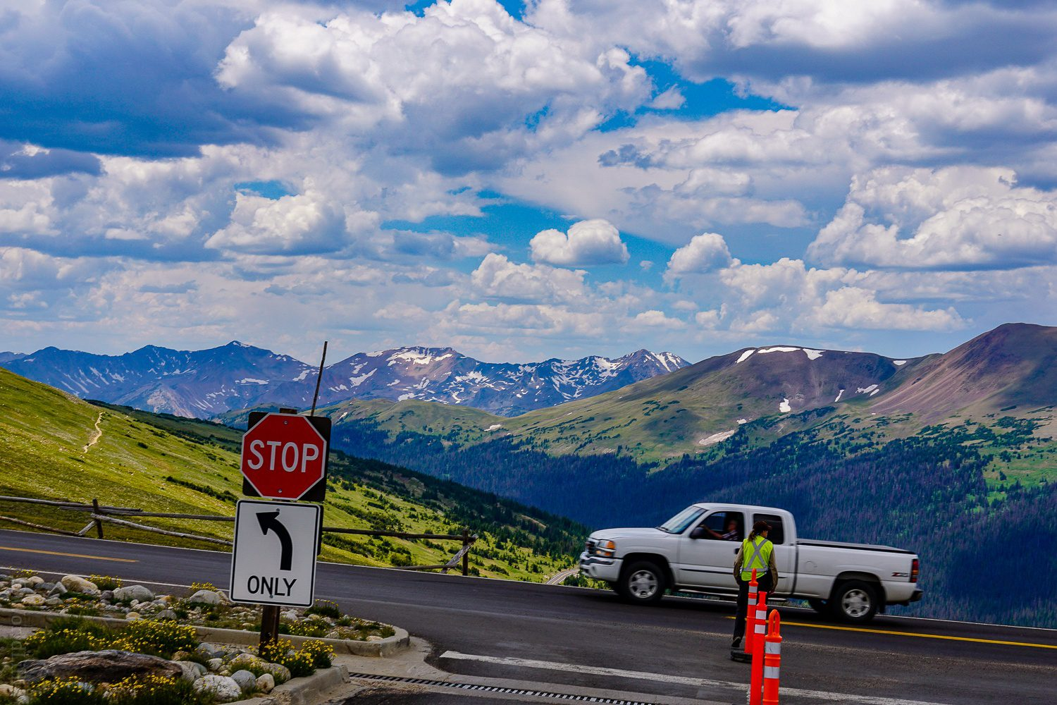 Driving up Trail Ridge Road in Rocky Mountain National park